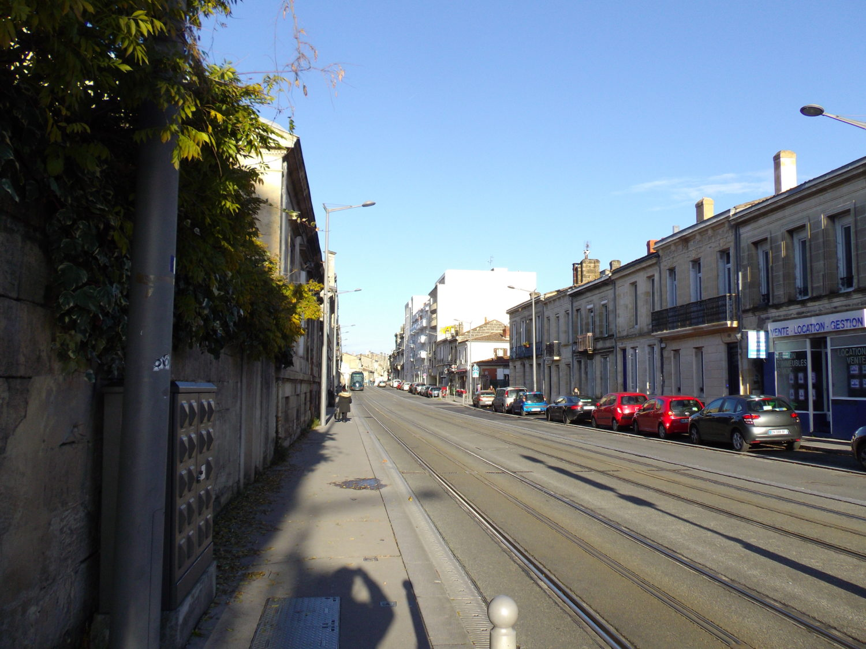 tramway quartier Saint-genes